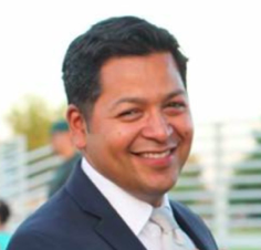 Diego Ochoa is the new superintendent of schools for California's Hollister district.