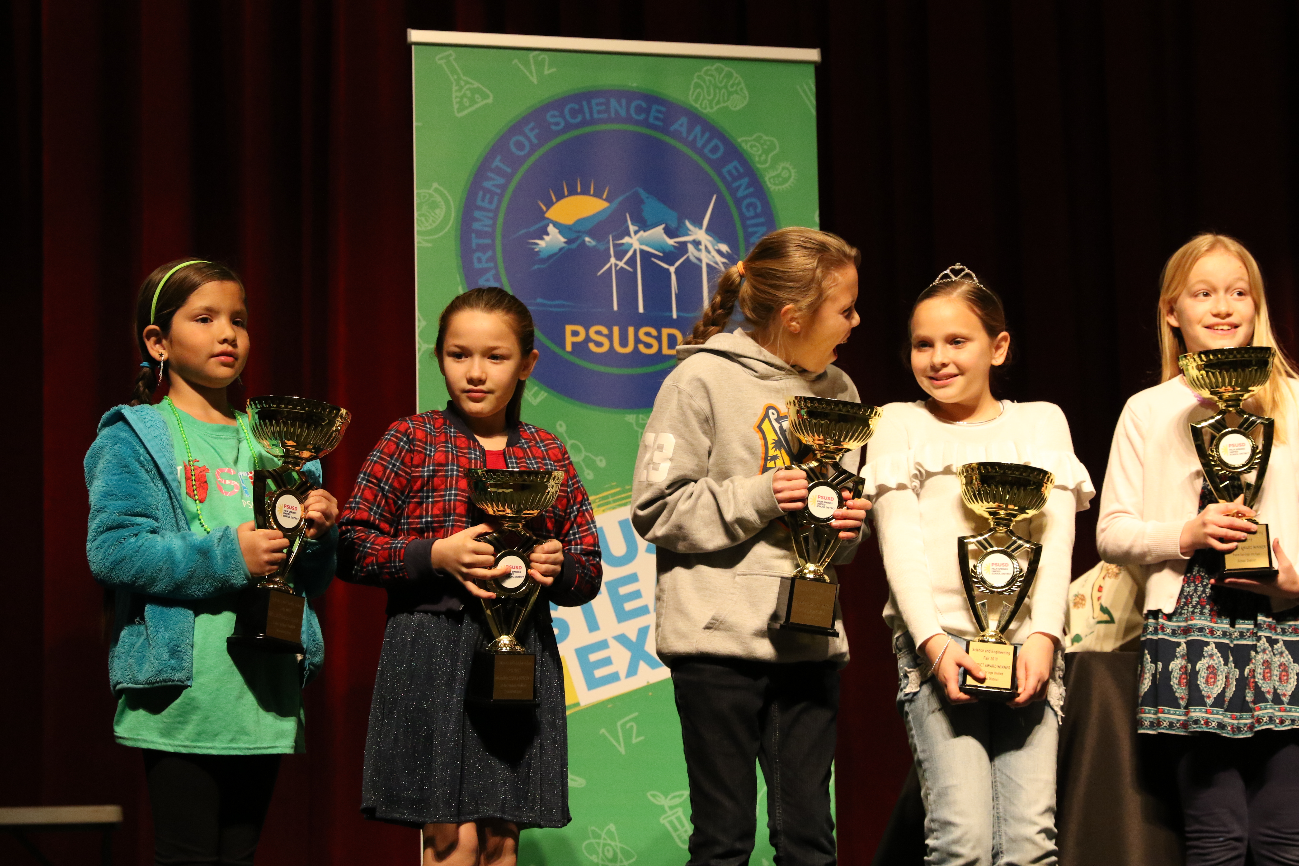 In Palm Springs USD, the STEAM Expo & Science and Engineering Fair is a community event that promotes equity and access, and also encourages attendees to engage and experiment.