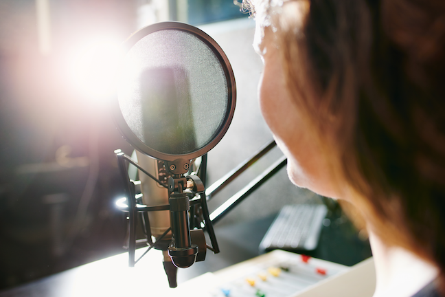 The benefits of podcast technology in the classroom include allowing students to research topics and stores in which they have deep interest. (Gettyimages.com: nicola Katie)
