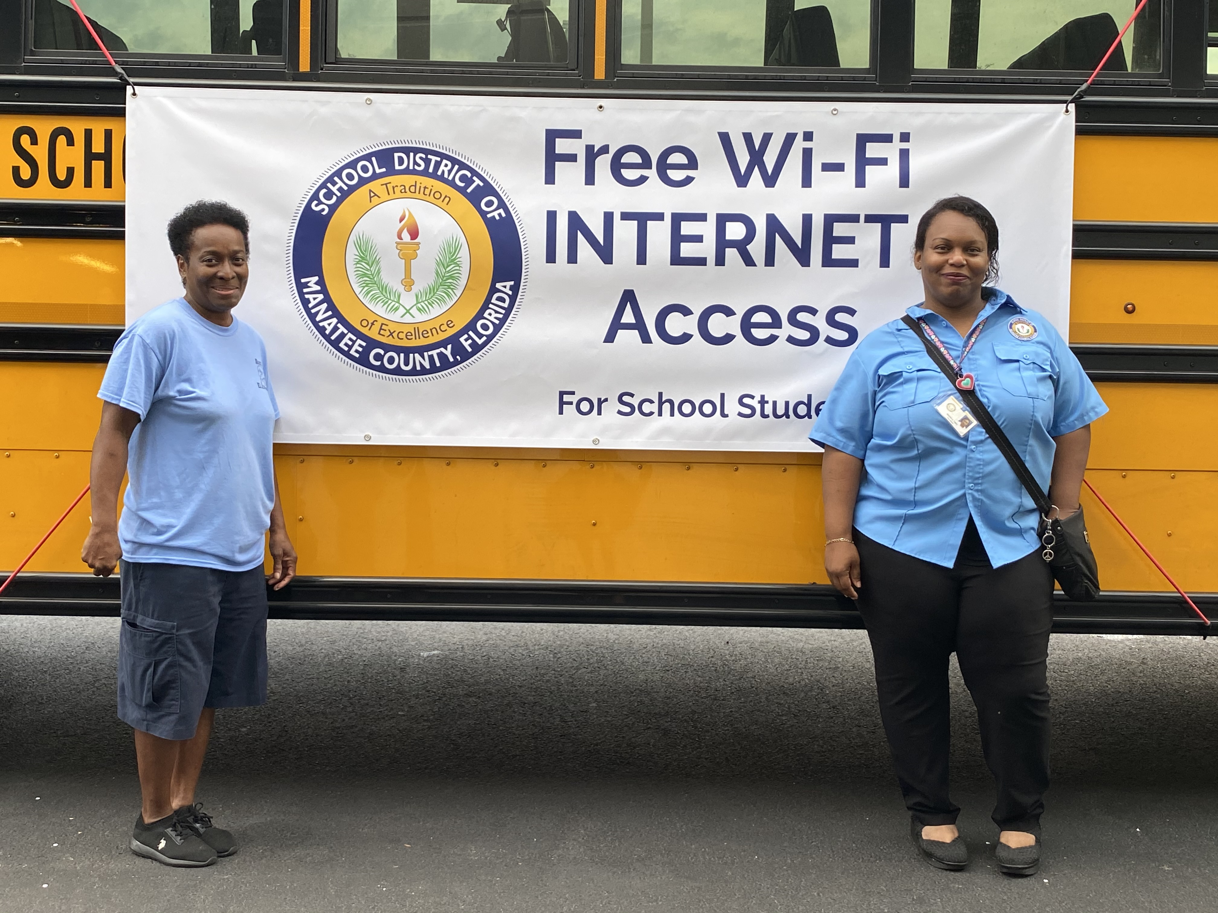 The School District of Manatee County in Flordia plans to use it WiFi hotspot buses tp provide broadband internet access even after schools reopen.