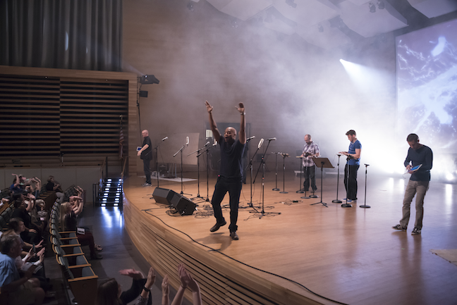 In a sign of the trends sweeping K-12 music instruction, a band comprising University of South Florida student teachers and their professor have been performing concerts with only the software on their iPads.