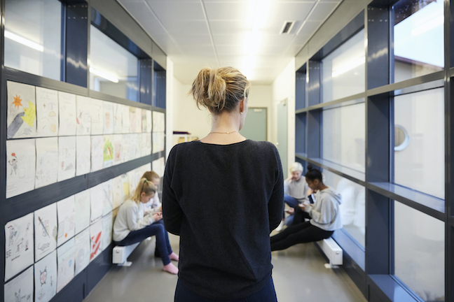 Just over a third of principals reported feeling confident about preserving the health of staff and students as schools physically reopen, a survey has found. (GettyImages/Maskot)