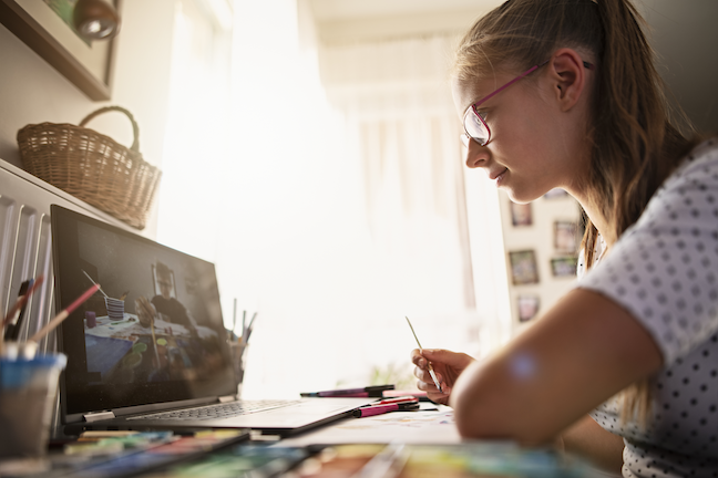 Parents willingness to have children participate in online learning has risen from 60% to 73% over the past decade, according to an Education Next survey. (GettyImages/Imgorthand)