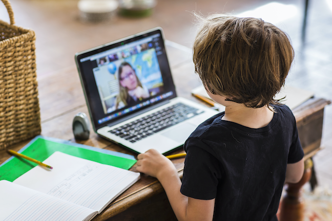 Expanding access to online learning has taken priority over safely reopening schools in most governors' CARES Act spending plans for education, according to an analysis. (GettyImages/Mint Images)