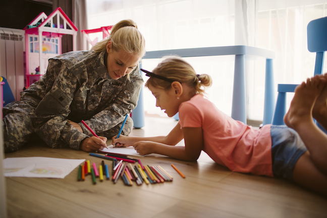 Student of military families face the challenge of making friends in new schools, fitting in, building self-confidence and dealing with the deployment of a parent. (GettyImages/vgajic)
