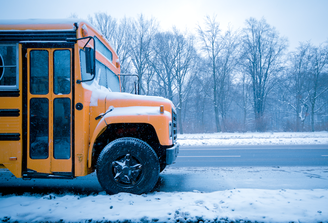 A growing number of school districts now have the flexibility to count online learning on snow days toward state learning time requirements. (GettyImages/spreephoto.de)